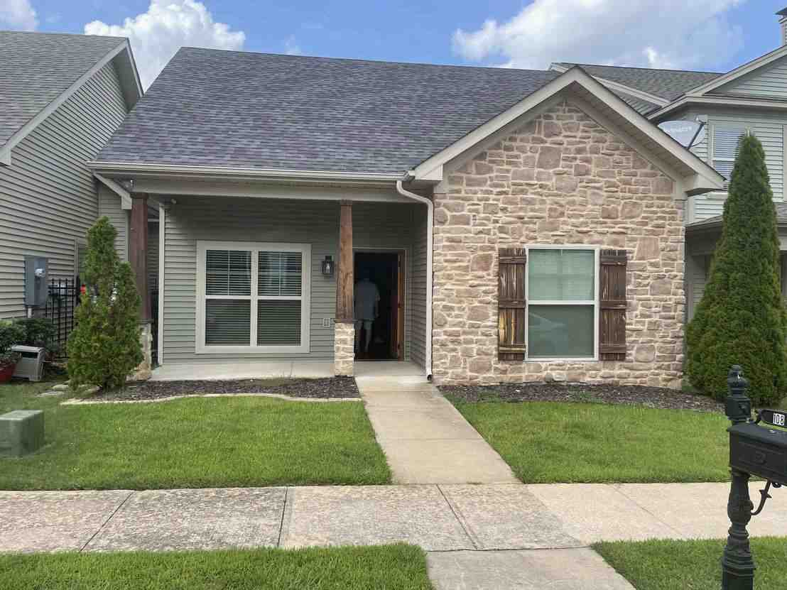 Exterior view of SFR home in Knoxville, TN