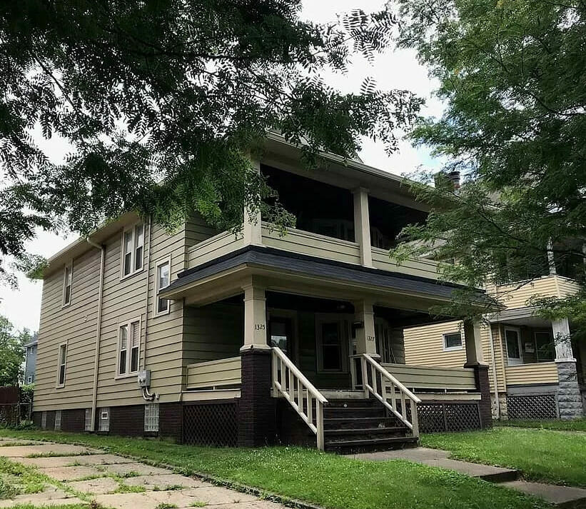 Single family two story home in Cleveland Ohio